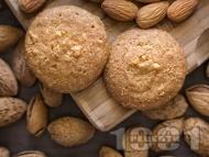 Рецепта Бадемови бисквити с ликьор Амарето